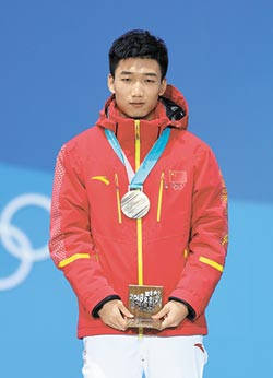 男500米競速滑冰 陸獲冬奧首銅