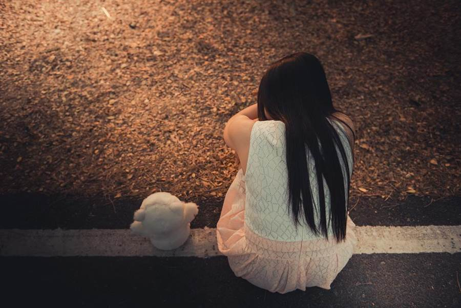 狼師性侵12歲女學生遭判刑。(達志影像/shutterstock提供)