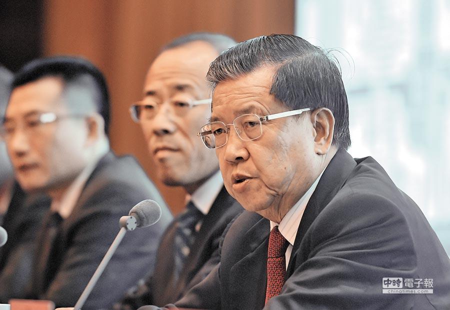 大陸加入世貿首席談判代表龍永圖。(新華社資料照片)
