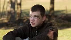 23歲男星挑戰染毒少年 一舉拿下柏林影帝