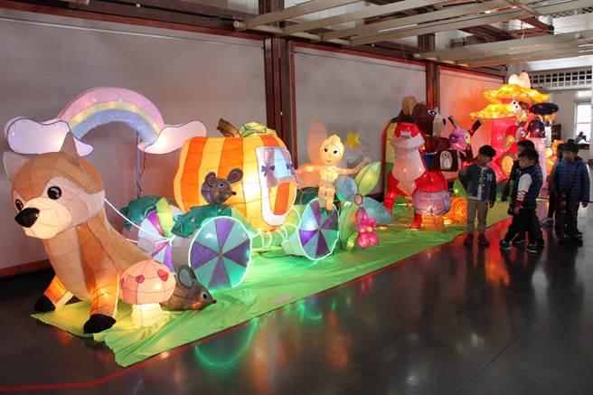 2018台灣彰化燈會在彰化藝術館登場。(吳敏菁攝)