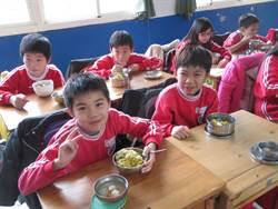 讓學童吃得更安心 大家一起來「供菜」