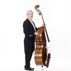 用低音提琴演奏巴赫無伴奏大提琴組曲   傅永和找到秘方
