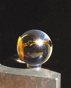 創業一點靈-晶祈生技 找回視網膜失明者的眼晶