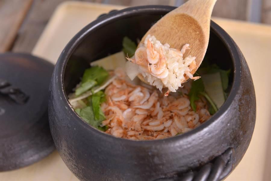 櫻花蝦竹筍土鍋飯。(和食EN日本料理提供)