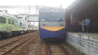 首搭火車不知到站被關車廂 科技主管聽司機指引走鐵軌被撞重傷
