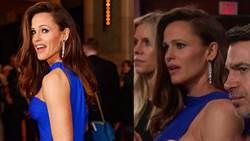 其實好想念蝙蝠俠!?珍妮佛嘉納在奧斯卡典禮演出中定格出神 網友瘋傳