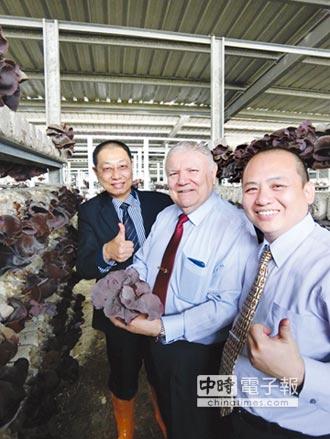 尼加拉瓜大使訪開陽光電農棚