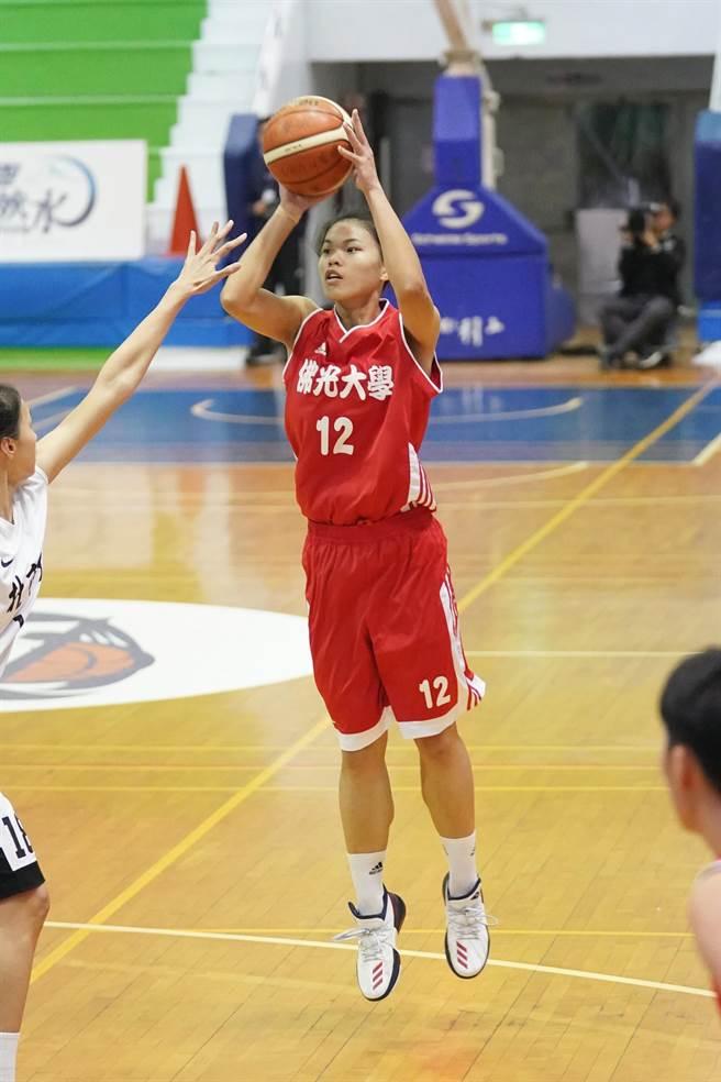 佛光楊芷瑜20分、7籃板最佳。(大專體總提供)