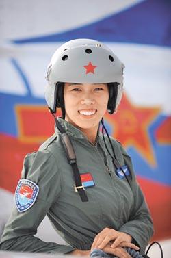 陸兩會軍隊女代表 海陸空不讓鬚眉