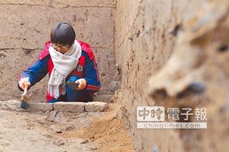 陶片為證 成都發現漢代鄉里