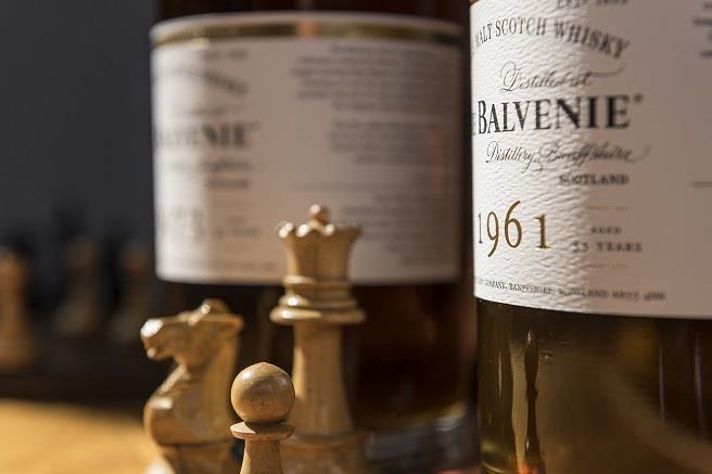 對於首席調酒師而言,酒窖管理就像是一場棋局,考驗著智慧與經驗。(百富提供)