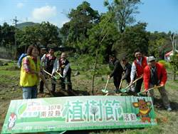 打造桶頭攔河堰風景林 林務局、南投縣府發動植樹