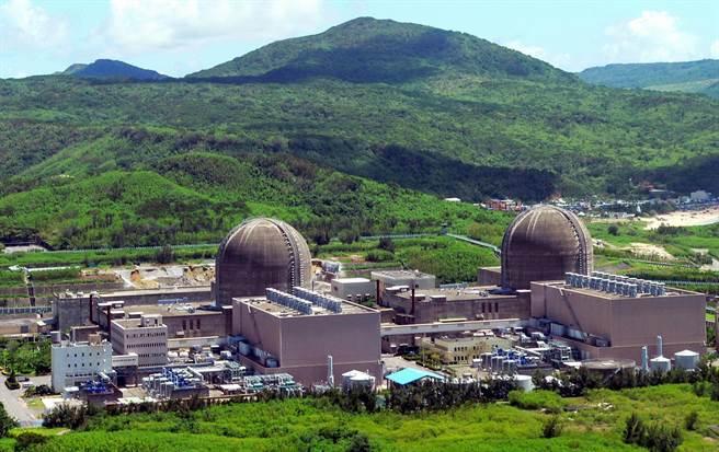針對今天的廢核大遊行,原能會重申,蘭嶼核廢料最快4年後開始運回台電的核電廠,圖為核三廠。(資料照/台電提供)