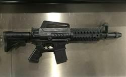 虛驚 男子攜玩具槍搭捷運 露出槍管嚇壞乘客