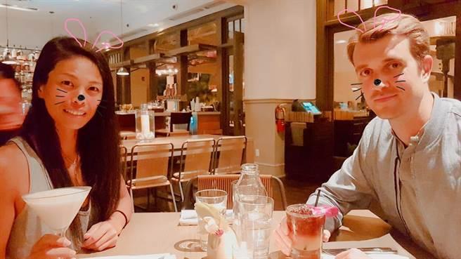 謝淑薇(左)遇到現任外籍男友後,相當幸福。(資料照/翻攝謝淑薇臉書)