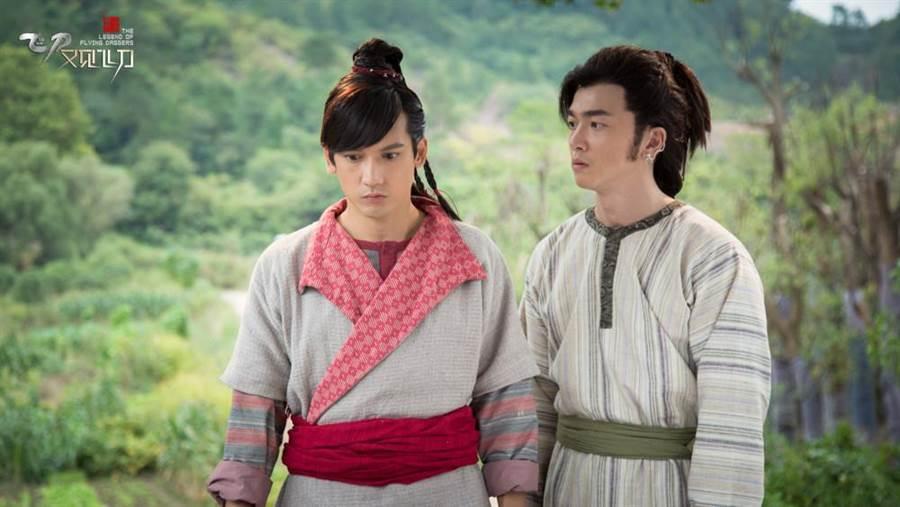 李沛旭(右)與關智斌有對手戲。(鑫盛傳媒提供)
