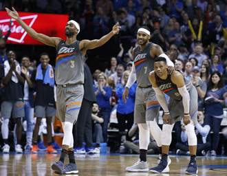 NBA》比三巨頭還搶戲!布魯爾領雷霆橫掃快艇