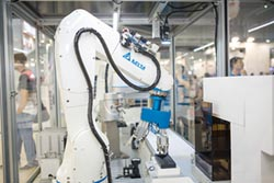 台達垂直多關節機器人 獲獎