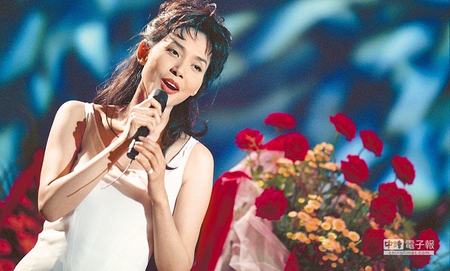 鄺美雲是最早到大陸巡迴演出的香港歌手。(本報系資料照片)