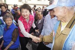 盧秀燕大里廟口開講 批空污、承諾恢復老人健保補助