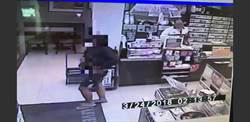 高市超商驚傳搶案 歹徒得手5000多元後逃逸