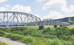 大安溪鐵橋 罕見交通工藝品