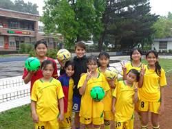 足球甜心潘彥昕回饋家園 助31人找回足球希望
