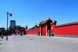 走進清代滿族風情一條街 感受清文化的氣息