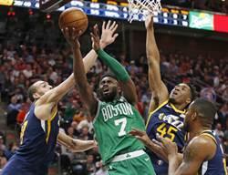 NBA》搶當綠軍一哥 布朗絕殺三分退爵士