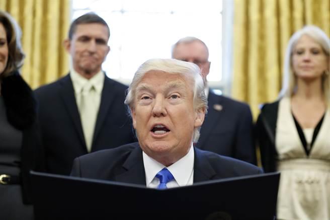 川普搶功?美國白宮立刻發表聲明搶功稱,這一切都是美國的功勞。(圖/美聯社)