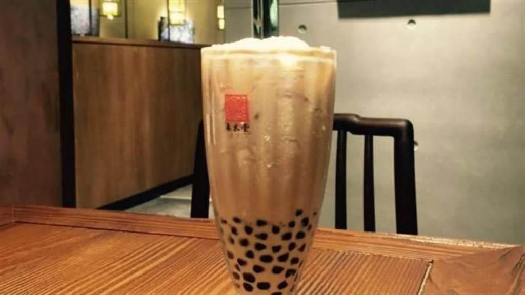 春水堂不只有珍奶好喝,最近有員工揭密必喝款式。(圖/FB@春水堂 Chun Shui Tang)