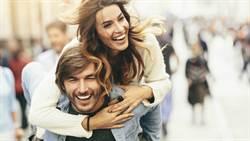 每段感情都是「初戀」!都是在不同時間、遇到不同的人,然後發掘他的特別