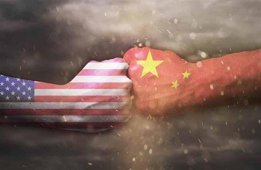 大陸批准對美128項進口水果、肉類加徵關稅,美陸貿易戰開打!(資料照)