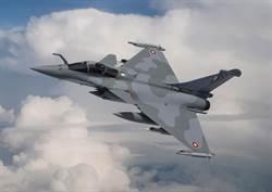 卡達與法國談定12架飆風戰機