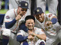 MLB》太空人冠軍戒有洋蔥 刻「休士頓堅強」鑲214鑽