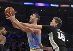 NBA》鎖死艾卓吉!湖人相隔20年首次橫掃馬刺