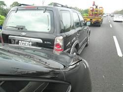國道1號彰化段車流湧現 發生3車追撞