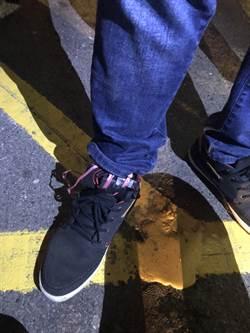 鞋綁針孔攝影機 警攔酒駕逮到偷拍狼