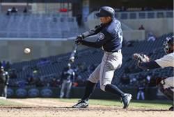 MLB》手感加溫中!一朗本季首度連兩場敲安