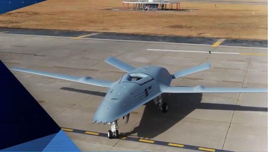 波音的MQ-25無人加油機,外型頗特別。(圖/波音公司)