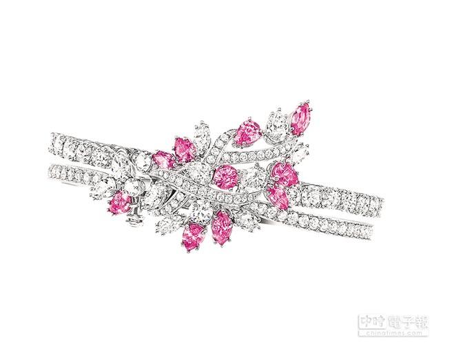 海瑞溫斯頓綺隱Secret Cluster系列粉紅剛玉鑽石手鍊。(Harry Winston提供)