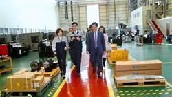 林佳龍參訪友嘉DMC韓國廠 盼深化兩地經貿合作