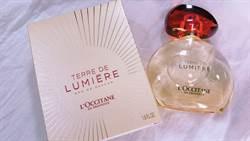 以「光」串連的純境之光香水 帶領感官體驗普羅旺斯的永恆金燦時刻