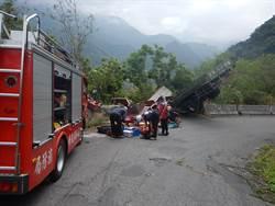 大貨車險些跌落霧台山谷 消防隊員即刻救援