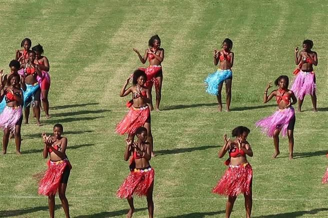 史瓦濟蘭慶典表演。(曾薏蘋攝)