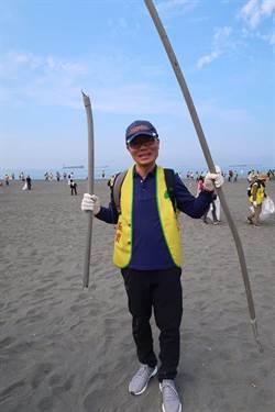 世界地球日  國泰號召7千人淨灘清出11噸垃圾!