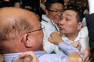 中時社論》民調示警 民進黨不能躺著選