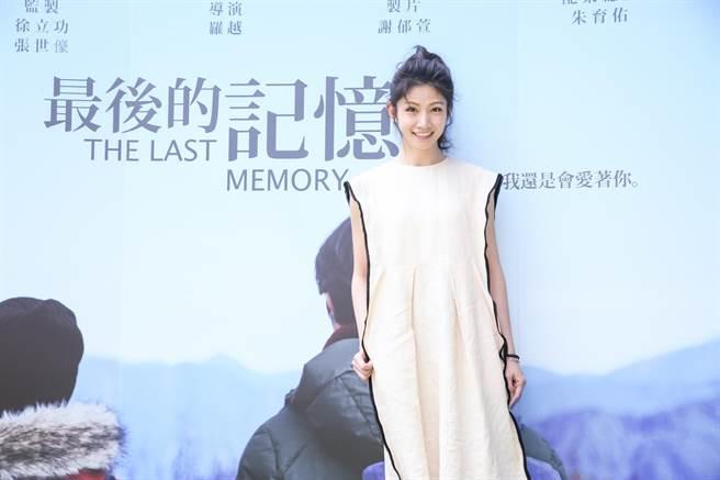 李千娜不計酬勞力挺學生畢製微電影《最後的記憶》。(蘇蔓攝)
