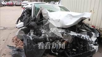 影〉開車開到睡著 上海男子酒駕撞飛電瓶車致兩死